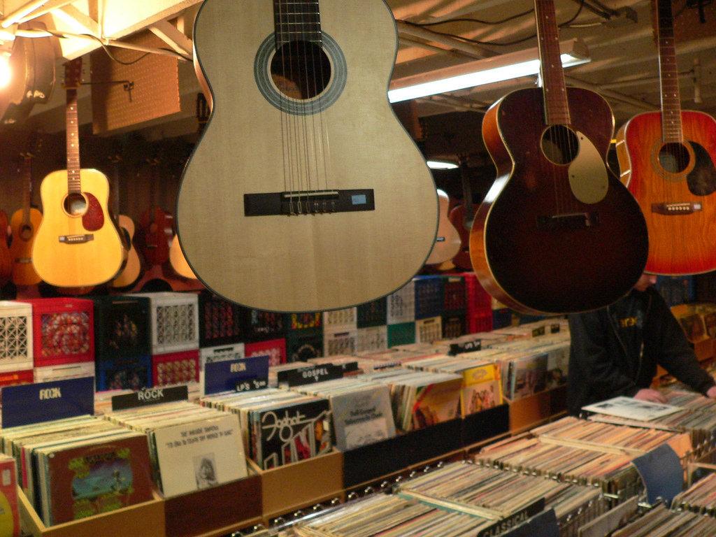 La música mejora nuestra productividad. Cerebro y oído conectados